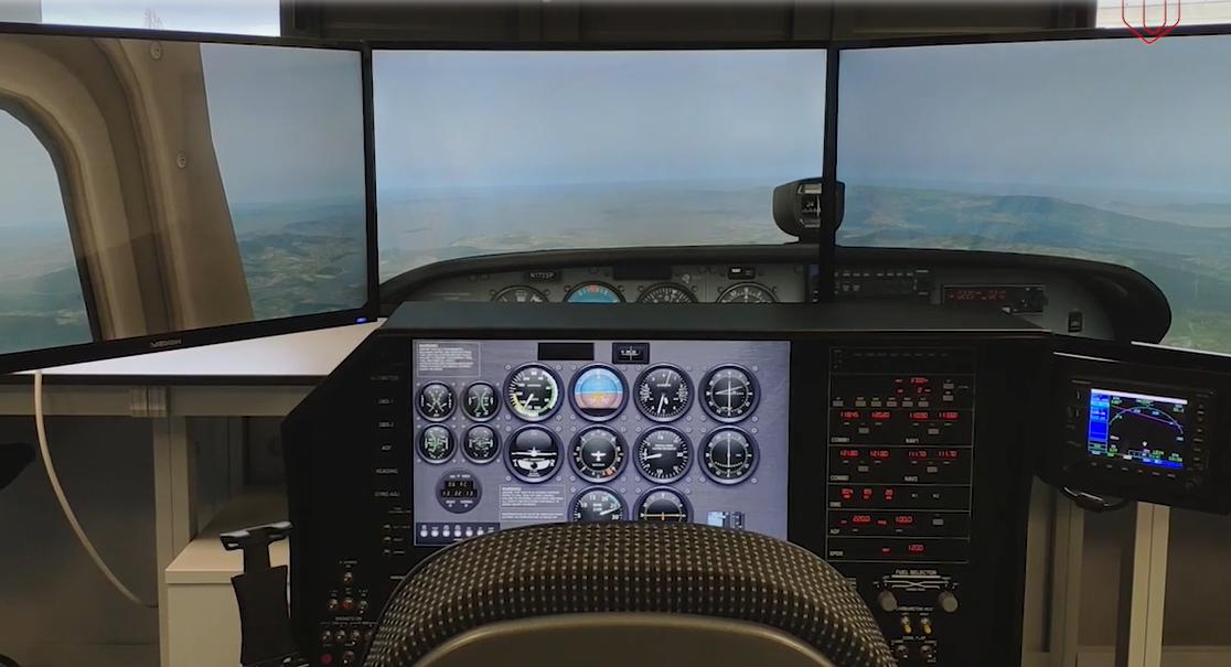https://www.consorcioaeronautico.com/wp-content/uploads/2021/02/simulador-ourense.png